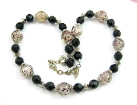 George BLACK & Floral Moonglow MILKY BEADS NECKLACE Vintage Beaded Silve... - $16.99
