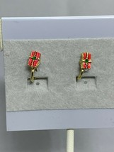 Vintage Gold Tone Christmas Present Clip On Earrings ( 2138 ) - $6.00