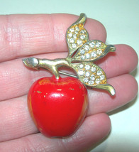 VINTAGE POT METAL ENAMEL & RHINESTONE APPLE FRUIT BROOCH PIN - $46.00