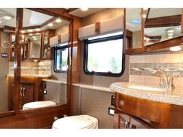2017 American Coach AMERICAN DREAM 45A For Sale In Davidson, NC 28036 image 5