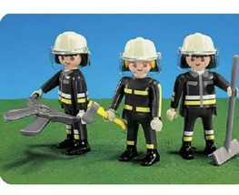 New Playmobil 7714 Firefighters Fireman 3 figures With Tools - $12.34