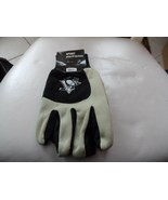 Pittsburgh Penguins Hockey  NHL 2 Tone Jersey Winter Grip Gloves NWT - $7.00