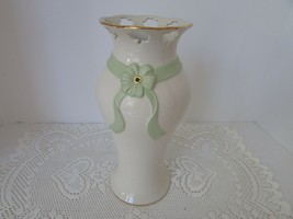 "LENOX PIERCED SHAMROCK VASE 10"" NEW WITH JEWEL & EMBOSSED MATTE GREEN RI... - $36.58"