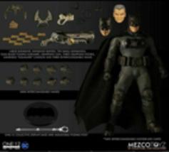 "MEZCO One:12 Collective DC Batman Supreme Knight Collective 6"" Action Fi... - $149.99"