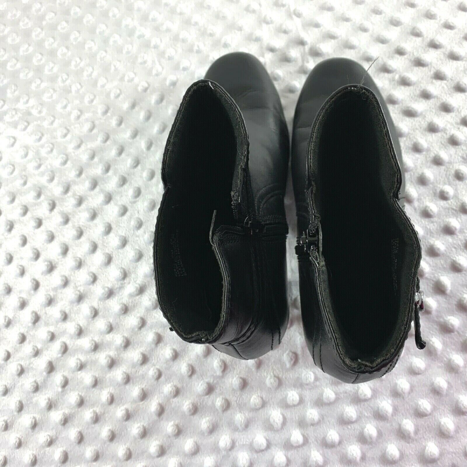 Clarks Sz 8 M Womens Black Side Zip Ankle Booties Shoes image 5