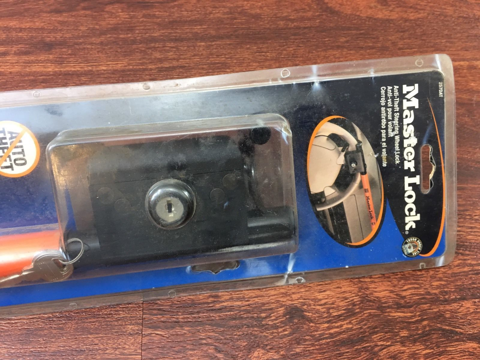 MASTER LOCK AUTO THEFT STEERING WHEEL LOCK New with Tags