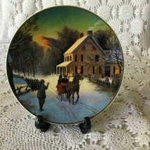 Avon Home For The Holidays Porcelain Collector Plate 1988 22 K Gold Trim - $11.63