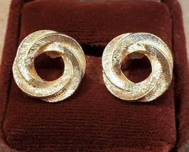 Avon Vintage Gold Tone Circlular Earrings Free Shipping - $5.93