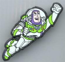 Disney  Buzz  flyingfull body  rare  English Pin. - $12.00