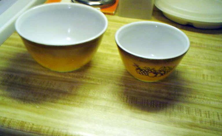 Old Orchard Pyrex mixing bowls and 12 similar items