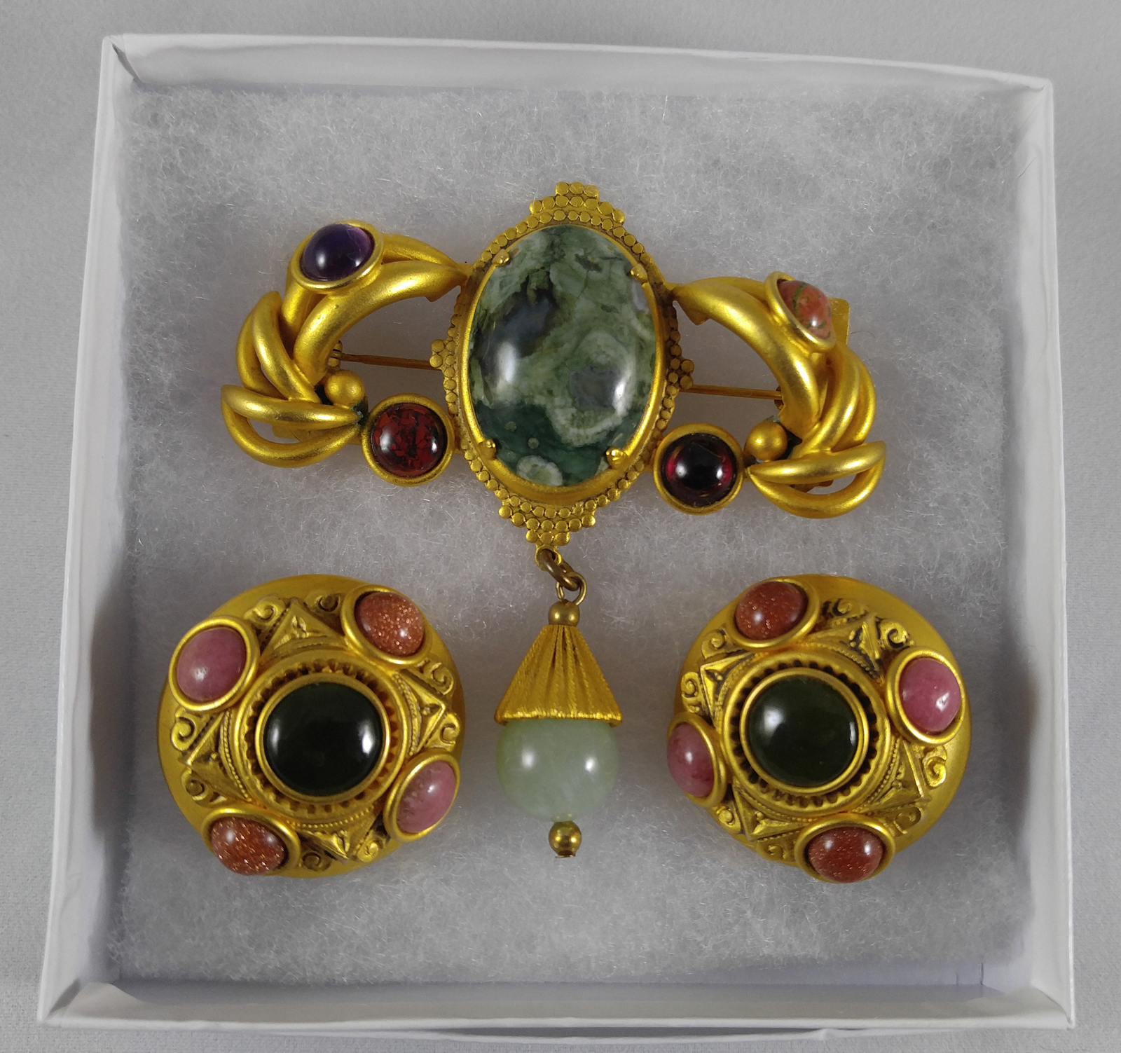 Vintage 1990s Natasha Stambouli Designer 18 K Gold Plated Brooch Pin Ear Clips