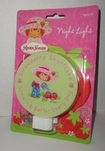 Strawberry Shortcake Night Light In Package Hard To Find 2005 NEW On Card - $9.90