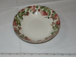 Nikko Tableware Scalloped Edges Soup Bowl 1 bowl only Off White Pink Flowers - $16.02