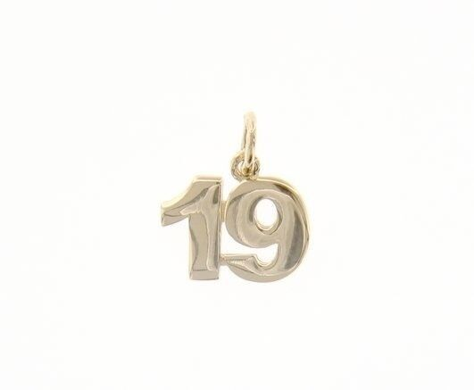 18K YELLOW GOLD NUMBER 19 NINETEEN PENDANT CHARM 0.7 INCHES 17 MM MADE IN ITALY