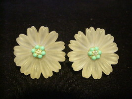 Lisner Flower Earrings Frosted Acrylic Faux Turquoise Rh Stone Clip On - $24.26