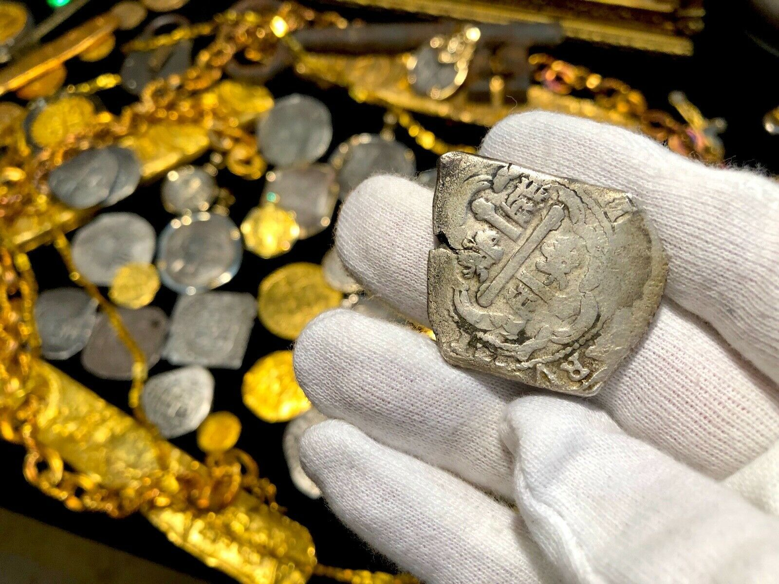 MEXICO 8 REALES 1715 FLEET SHIPWRECK REAL 8 COA LOU ULLIAN! PIRATE GOLD COINS