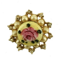 VINTAGE PINK YELLOW ENAMEL ROSE & FAUX CHAMPAGNE PEARLS SCOOP PIN SWEET - $35.99