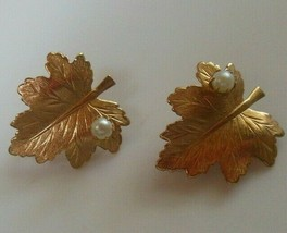 Vintage Sarah Coventry Gold-tone Leaf Faux Pearl Clip-on Earrings - $22.28