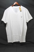 Men's AEO Heritage V-neck T-shirt Classic Fit White LRG - $202,30 MXN