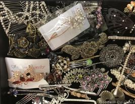 Lot 62 Hair Accessories Clip Barrette Headband Ponytail Ornament Pin Women image 5