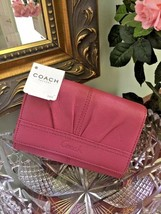 New Coach Wallet Leather Soho Pleated Compact Pink F42812 W13 - $69.29