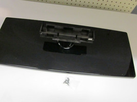 "Samsung 40"" LN40A530P1 Swivel TV Stand BN61-03715A 