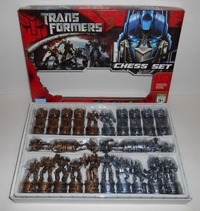 Hasbro Transformers Chess Game Set 2007 robots Parker Brothers