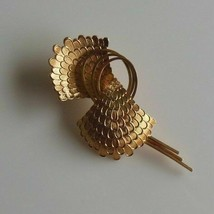 Unique Corocraft Signed Gold Plated Feathered Brooch/Pin - $37.13