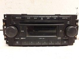 04 05 06 07 08 09  Dodge Chrysler Jeep AM FM MP3 6-disc CD radio P05064174AD image 1