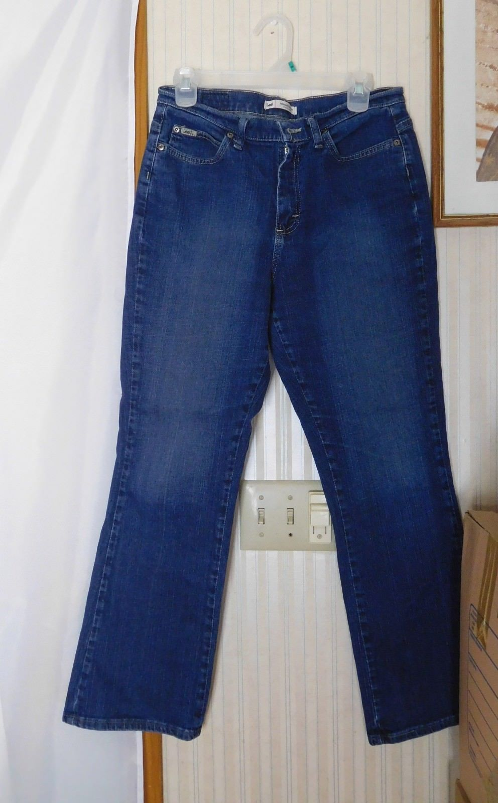 13c204a5 S l1600. S l1600. Previous. Lee Women's Jeans Size 10 Short Relaxed at the  Waist Bootcut Mom Jeans 11
