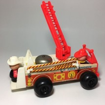 1968 Vintage Fisher Price Little People Fire Engine Wooden #720 USA Red ... - $18.95