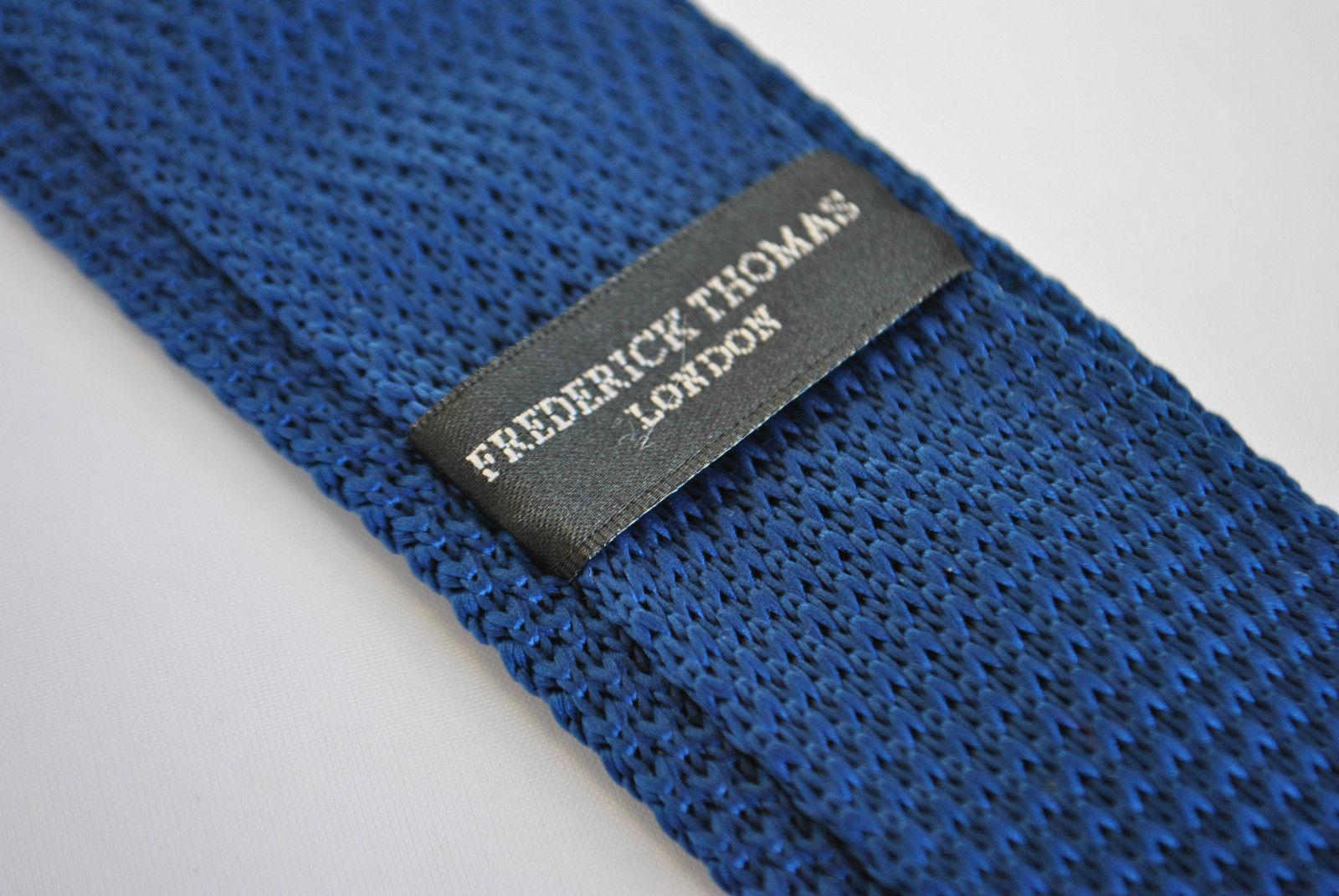 Skinny marineblau und braun Polka-Punkte gestrickt Krawatte von Frederick Thomas