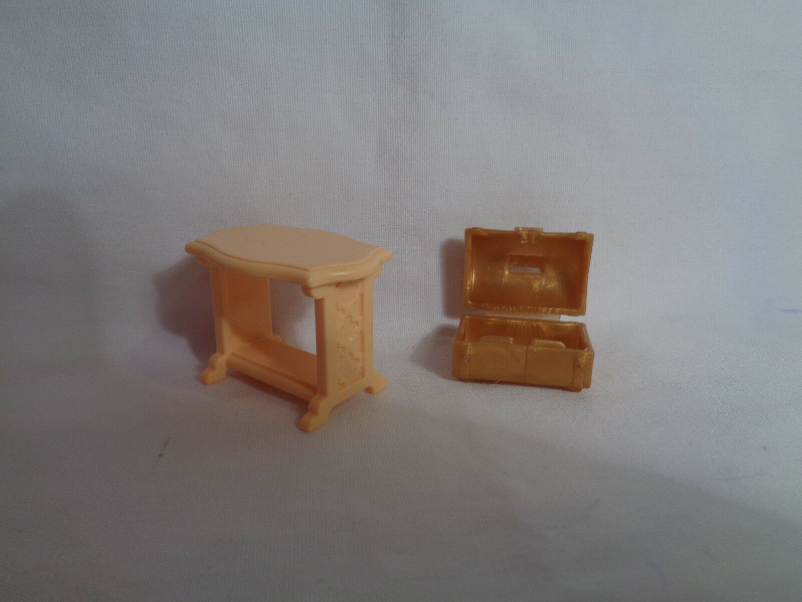 Playmobil Princess Castle Replacement Tan Accent Table & Small Chest image 3
