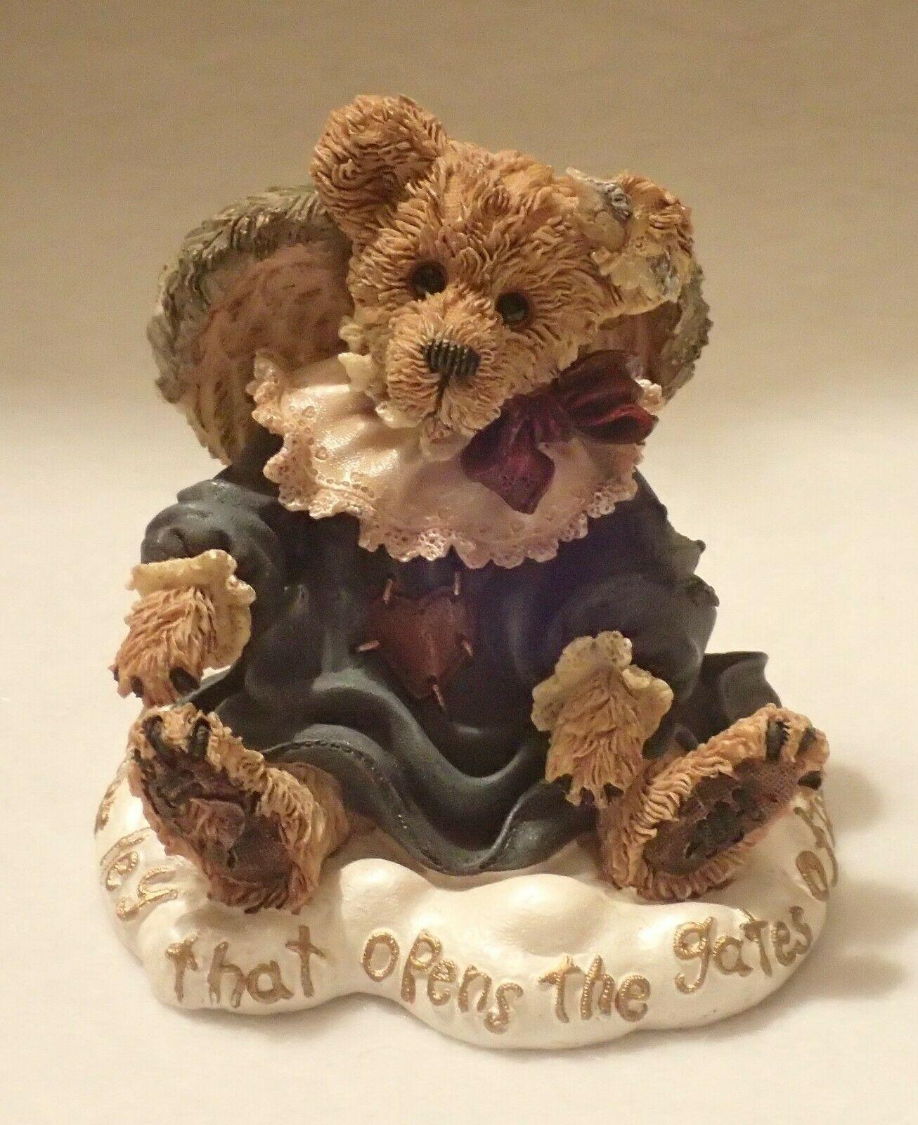 Boyd Bearstone Resin Bears Gwain Love Is The Masterkey Figurine #228317 1E