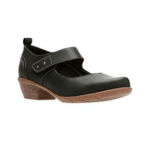 Clarks Women's Wilrose Glen Mary Jane Flat, Black Nubuck, 7 M US - $122.36