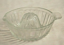 Citrus Juice Reamer Ribbed Clear Glass Tab Handle Kitchen Glassware Vint... - $21.77