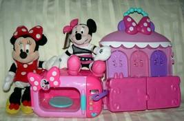 Disney Minnie Mouse 2 Dolls Sparkle 'n Spin Fashion Bow-tique House & Mi... - $47.59