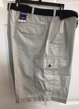 NWT IZOD Saltwater Size 42 Men's Belted Flat Front Cargo Shorts - $17.00