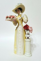 Avon President's Club Award 2005 - 2006 Mrs Albee Full Size Figurine BNIB - $29.28