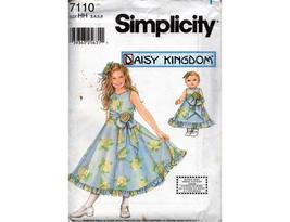 "Simplicity 7110 DAISY KINGDOM Girls Full Skirt Party Dress Pattern Bonus 18"" Mat - $6.30"