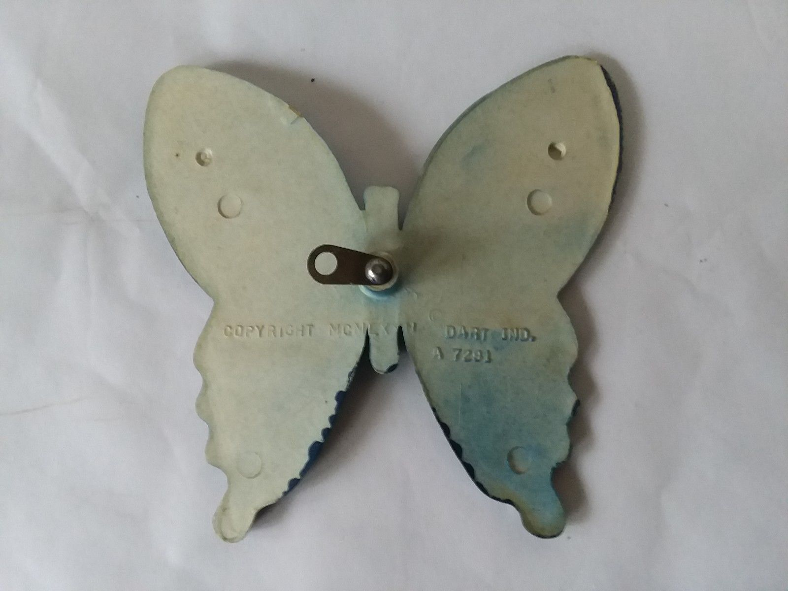 Vintage Dart Ind. Homco Home Interiors Painted Blue Butterfly #7291 Wall Hanging image 3
