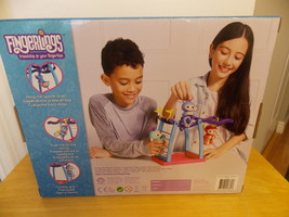 Fingerlings Liv Blue/Purple Hair Interactive Baby Monkey Bar Playset image 2