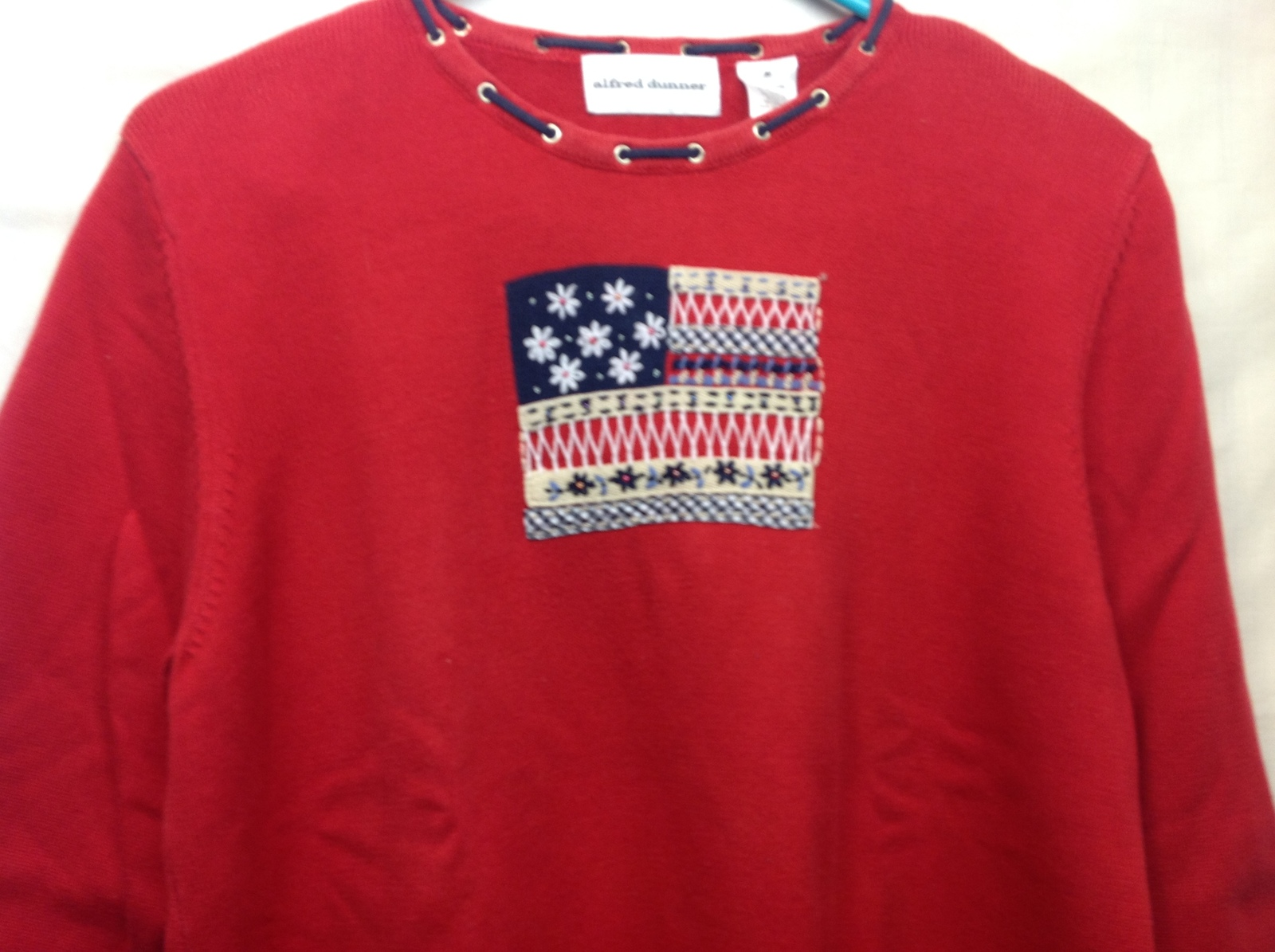 Alfred Dunner Women's Red 3/4 Sleeve Sweater w Flag Design Sz M
