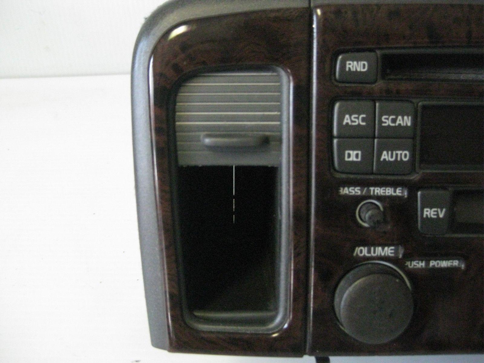 Volvo S80 2002 Radio AM FM Cassette CD Player w/ Bezel OEM