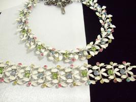 BSK PASTEL Rhinestones White Enamel Leaves NECKLACE n BRACELET Wide 3D V... - €74,19 EUR