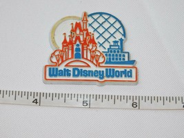 "Walt Disney World Castle 1 7/8"" x 1 5/8"" fridge magnet refrigerator Pre-owned - $19.87"