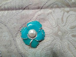 Vintage Golden Pin Brooch Faux Pearl Center Pave Enamelled Turquoise Flower - $15.00