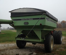 PARKER GRAIN CART For Sale In Hazleton, IN 47640 image 2