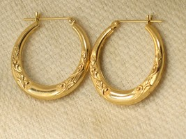 Estate 14K Yellow Gold ZZ Leverback Hoop Earrings with Design - $92.57