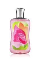 Bath & Body Works Sweet Pea Bubble Bath 10 oz / 295 ml  - $16.47